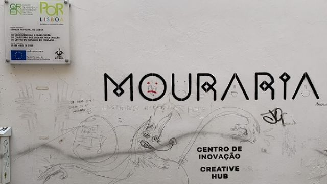 CC_staff_meeting_at_Centro_de_Inovacao_da_Mouraria_43804239790.jpg