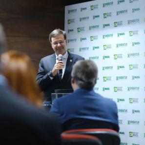 Ministro do Turismo celebra resultados de campanha da Embratur